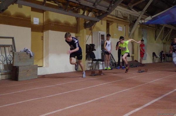 Тульский манеж принял соревнования по легкой атлетике